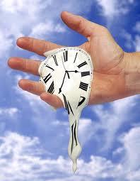 الصالحون وعقارب الساعة
