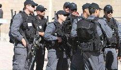 الاحتلال يحمي مسيرة للشواذ جنسيا 0000_6-thumb2.jpg