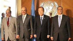 """حوار """"الطرشان"""" بشأن اليمن 11_29-thumb2.jpg"""