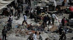 الأسد يواصل المدنيين ووقف النار 150816130322_douma_syria_airstrike_640x360_reuters_0-thumb2.jpg
