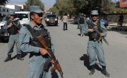 الحكومة الأفغانية تعتقل شرطيا بتهمة 1555-thumb2.jpg