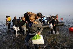 قوانين مشددة اللاجئين 18_7-thumb2.jpg