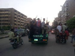 تعاون الشرطة المصرية مع البلطجية ~ صورة