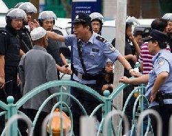 الصين تشدد القيود المسلمين 1_2012617_26030-thumb2.jpg