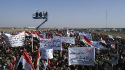 المالكي يفرج عن 300 محتجز استرضاءً للسنة المحتجين