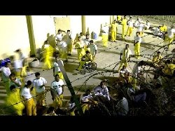 زيارة دبلوماسية للمعتقلين السعوديين العراق 300_9-thumb2.jpg