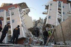 زلزال عنيف بتشيلي يجلي مليون 333_27-thumb2.jpg