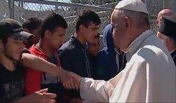 ماذا وراء زيارة بابا الفاتيكان 441_0_0-thumb2.jpg
