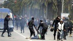 اشتباكات الشرطة التونسية 44_150-thumb2.jpg