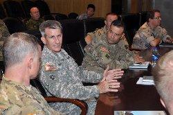 قائد جديد أفغانستان 44_157-thumb2.jpg