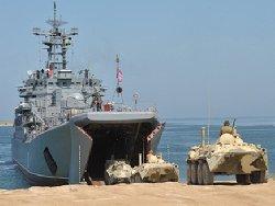 روسيا تنشئ قاعدة عسكرية دائمة 44_250-thumb2.jpg