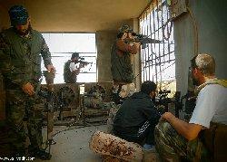 الجيش الحر يأسر 40 من حزب الله ويسترد بلدة قارة