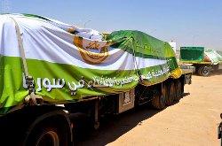 (17) شاحنة إغاثية و(300) ألف بطانية للاجئين السوريين