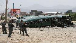 هجوم واسع لطالبان حافلات للشرطة 55_208-thumb2.jpg