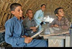 إيران تجلد أطفال السنة بسبب 600_37-thumb2.jpg