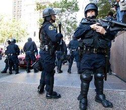 شرطي أمريكي مسلم عمله لرفضه 666_46-thumb2.jpg