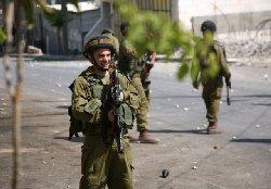 ماذا جنود الاحتلال بمُقعد فلسطيني 6777_2-thumb2.jpg