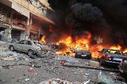 عشرات القتلى سلسلة تفجيرات دامية 800_0-thumb2.jpg