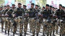 جندي إيراني يقتل زملائه ينتحر 80_34-thumb2.jpg