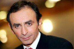 كاتب فرنسي يهاجم الأسماء الإسلامية 88_157-thumb2.jpg