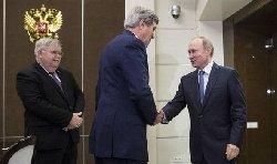 واشنطن وافقت مناقشة مصير الأسد John-Kerry-meets-President-Vladimir-putin-576839-thumb2.jpg