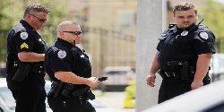 الشرطة الأمريكية تقتل رجلاً أسود aswad-thumb2.jpg