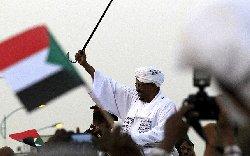 السودان يرفض مسؤولين أمريكيين تأشيرات bashirr-thumb2.jpg