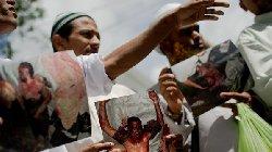 المسلمون بورما يتعرضون لجرائم الإنسانية burmaaa_8-thumb2.jpg