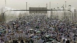 إيران: نوفد الحجاج السعودية hajjir-thumb2.jpg
