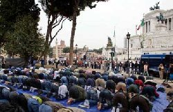 المطالبة بإغلاق المساجد iqleeem-thumb2.jpg