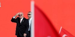 رئيس البرلمان التركي يؤكد صفحة kahraman-thumb2.jpg