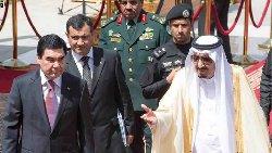 الملك سلمان يدعو إيران للكف kingturk-thumb2.jpg