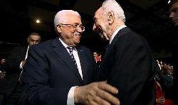 بيريز يعزي عباس وفاة شقيقه peresabbas-thumb2.jpg