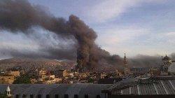 حريق يلتهم العصرونية بدمشق وأصابع souqq-thumb2.jpg