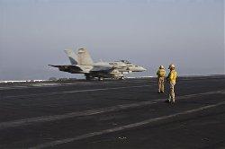 القوات الأمريكية تبني مطارين عسكريين syriausa-thumb2.jpg