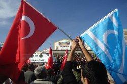 مازلنا صامدين بفضل تركيا turkman-thumb2.jpg