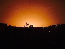 حريق بمنشآت نفطية بتعز yp19-07-2015-779988-thumb2.jpg